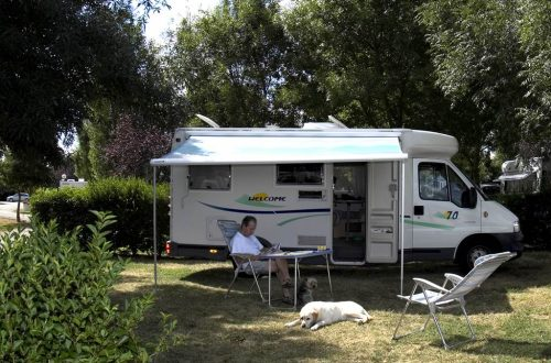 Emplacements camping Le Lomagnol