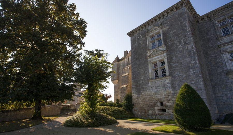 chteau-et-jardins-de-gramont_14921155944_o
